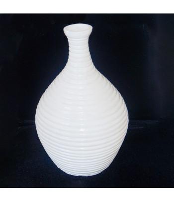 Pot de fleurs blanc